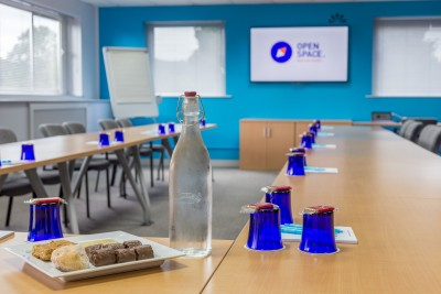 meeting, training, seminars, interviews, away days, conferences, exhibitions, networking, hot desking, mail handling, business address, refreshments, tea, coffee telephone services, malvern, worcester